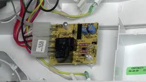bo mạch điều khiển tủ lạnh hư hỏng